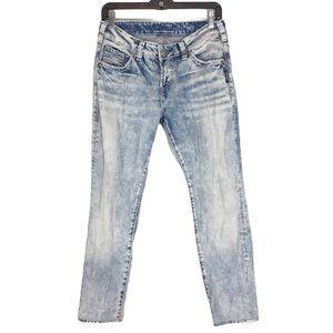 Silver Jeans Bleach Light Wash Crop Denim